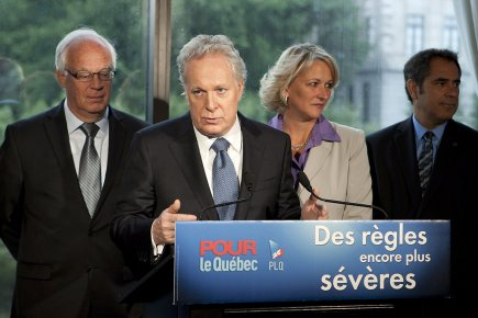 Jean Charest a fait sa promesse au moment... (Photo: PC)
