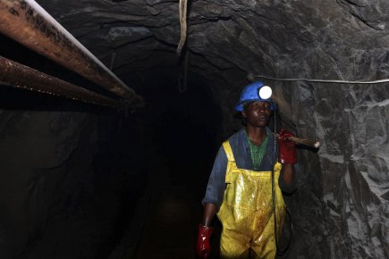 Mine de Metallon Gold à Shamva au nord... (PHOTO PHILIMON BULAWAYO, REUTERS)