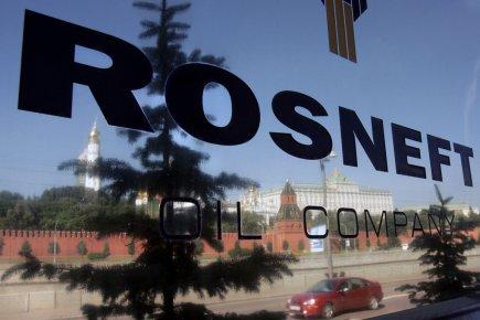 Siège social de Rosneft devant le Kremlin à... (PHOTO DENIS SINYAKOV, AFP)