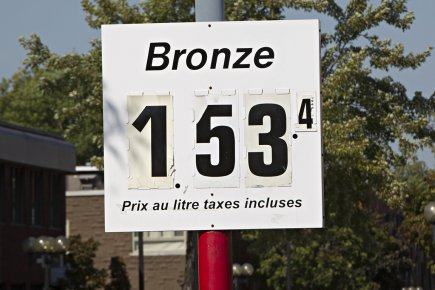 Hier matin, dans tout le Québec, l'essence ne se vendait nulle part plus cher... (Photo Patrick Sanfaçon, La Presse)