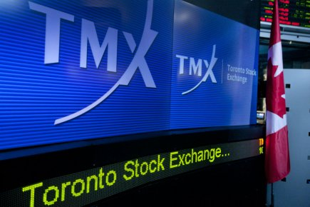 La Bourse de Toronto a clôturé jeudi sur un gain de plus de 100 points, ... (Photo Norm Betts, Bloomberg)