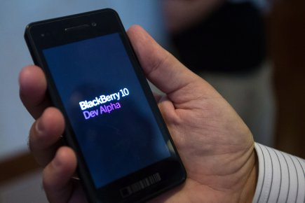 L'entreprise canadienne BlackBerry veut se servir du sport pour vendre son... (PHOTO GEOFF ROBINS, LA PRESSE CANADIENNE)