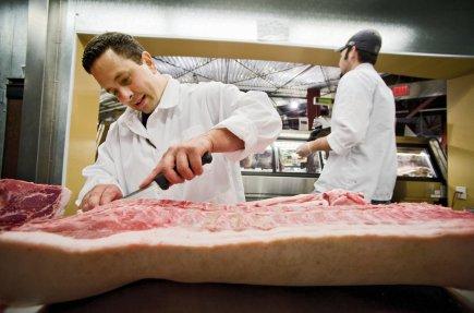 Dans un contexte de ralentissement économique, les travailleurs... (Photo archives Associated Press)