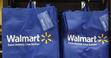 Le groupe américain de distribution Wal-Mart a annoncé mardi qu'il allait... (PHOTO JIM YOUNG, REUTERS)