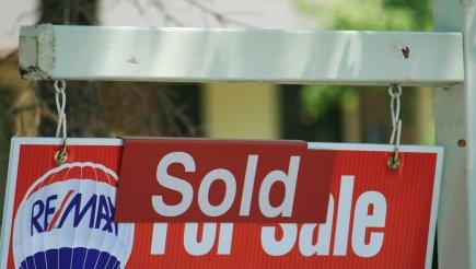 Les prix des logements ont augmenté en novembre pour le 10e mois d'affilée aux... (PHOTO RICHARD BUCHAN)
