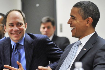Marcus Brauchli et Barack Obama en janvier 2009.... (Photo: Reuters)