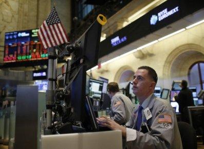 Wall Street et Bay Street ont de nouveau enregistré un repli en raison...
