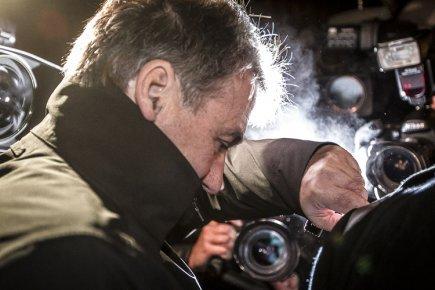 Pierre Duhaime à sa sortie du quartier général... (Photo: Olivier Pontbriand, La Presse)