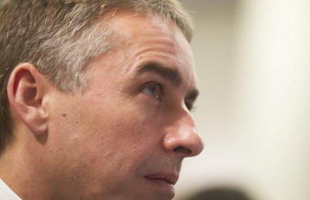 Le ministre des Finances et de l'Économie, Nicolas...
