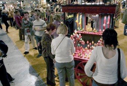 Depuis le 7 décembre, les visiteurs affluent au 57e Salon des métiers d'art de...