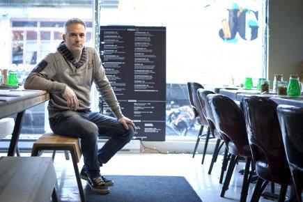 Simon Gervais, 40 ans, a ouvert cinq restaurants... (Photo Marco Campanozzi, La Presse)