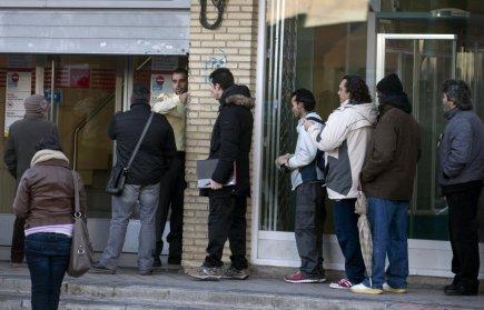 Les nouvelles inscriptions au chômage sont tombées à leur plus bas niveau en...
