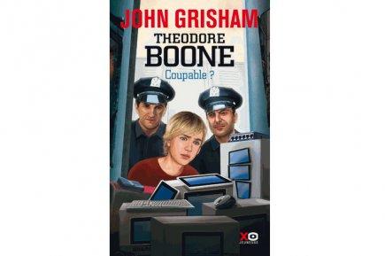 Sa série jeunesse connaît un certain succès populaire, alors John   Grisham n'a...