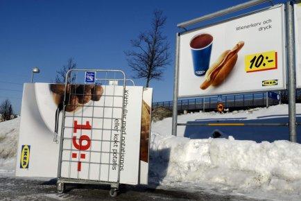 Un panneau-réclame pour les boulettes de viande est... (Jessica Gow)
