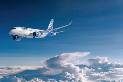 L'avion CS100 de Bombardier.... (Photo fournie par Bombardier)
