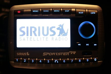 Sirius satellite radio.... (Photo JASON REED, REUTERS)