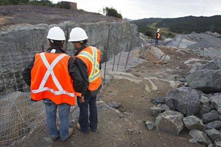 Même s'il n'y a pas de reprise à prévoir d'ici les six prochains mois dans le secteur minier, les perspectives d'emploi restent intéressantes.