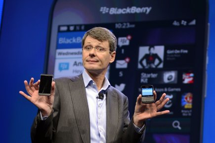 Le PDG de BlackBerry, Thorsten Heins, lors du... (Photo TIMOTHY A. CLARY, AFP)