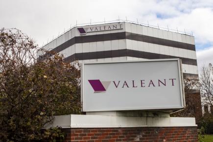 Les ventes d'actifs s'inscrivent dans les efforts de Valeant de réduire sa dette
