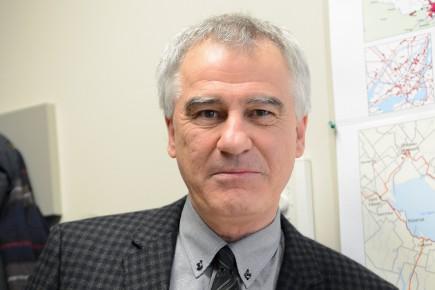 Marc-Urbain Proulx, professeur d'économie à l'Université du Québec... (Archives Le Quotidien)