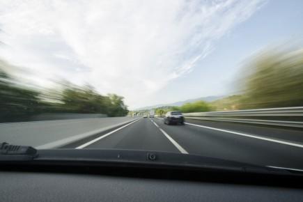 CHRONIQUE / Rouler sur les routes du Québec pendant la saison estivale rappelle... (Photo 123RF)