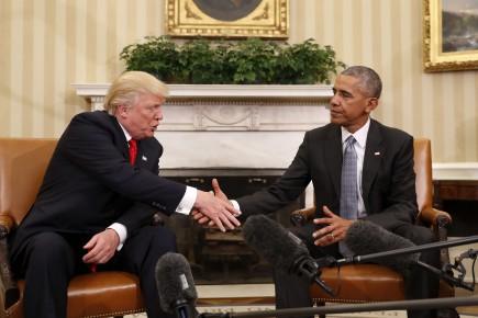 Donald Trump et Barack Obama, lors de leur... (AP)