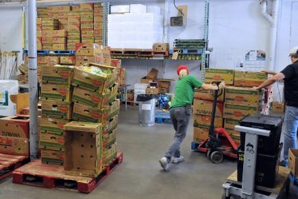 Les entrepôts des banques alimentaires manquent souvent de... (Archives Le Progrès-Dimanche, Rocket Lavoie)