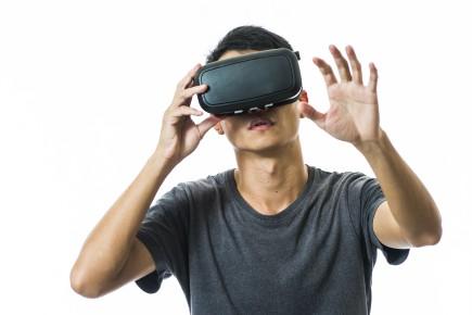 «Le vrai futur, c'est décidément la réalité virtuelle»,... (123RF)