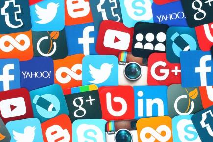 «Facebook est sans doute la plus belle invention... (123RF)