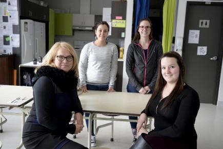 De gauche à droite, Lana Boulianne, Julie Touga,... (Photo Le Quotidien, Jeannot Lévesque)