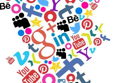 Quand on parle de médias sociaux, il y a deux choses qui devraient être des... (Photo 123rf)