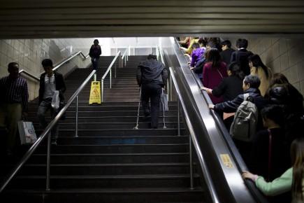 La station de métro choisie pour la campagne publicitaire est située au centre-ville de Shanghaï. Quelque 700000 passagers y circuleraient chaque jour.
