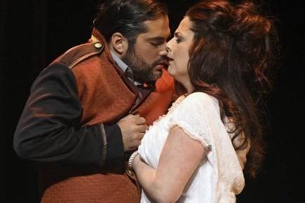 Quoi de mieux que l'opéra Carmen pour un... (Archives Le Quotidien, Michel Tremblay)