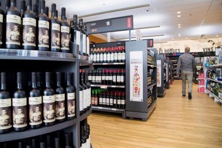 Plus de 60% des 18-34 ans croient que la SAQ dessert mieux le Québec qu'un réseau entièrement privé de vente d'alcool.