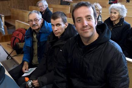Roger Bolduc, Jean-François Tremblay et le diacre Daniel... (Le Quotidien, Rocket Lavoie)