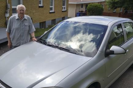 À 91 ans, Marcel Tremblay admet lui-même qu'il... (Photo Le Progrès, Roger Blackburn)