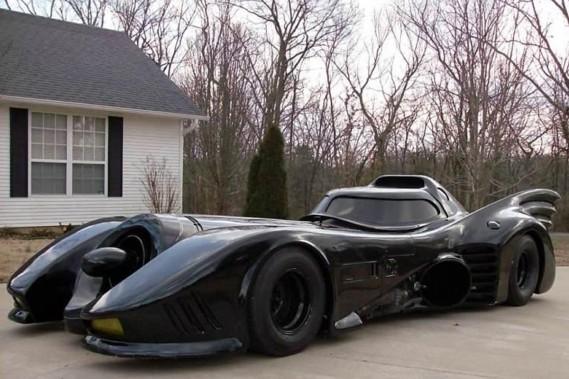 la voiture de batman sur ebay ludovic hirtzmann actualit s. Black Bedroom Furniture Sets. Home Design Ideas