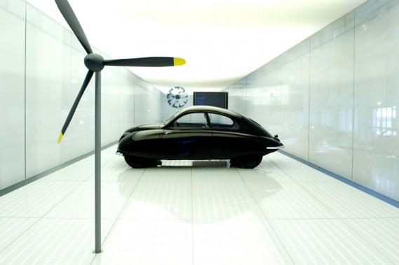 La vente du minuscule musée de Saab a été conclue la semaine dernière, mais l'exposition du petit constructeur suédois survivra dans la ville de Trollhättan.