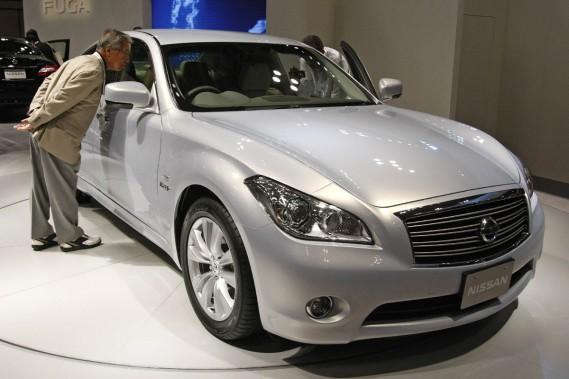 La Nissan Fuga, qui sera vendue en Amérique sous le nom d'Infiniti M35 Hybrid.