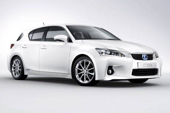 La Lexus CT 200h fera bientôt ses débuts.