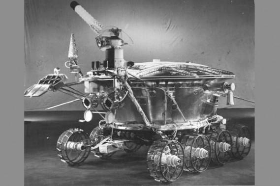 La Lada de l'espace retrouvée sur la lune | Denis Arcand ...