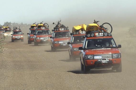 Le Range Rover 2003 au Land Rover G4 Challenge. Le VUS britannique de luxe fête ses 40 ans.