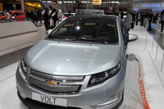 Le président de Chevrolet Europe a rappelé que cette filiale de General  Motors détenait une part de marché de 2,5% sur le segment où elle est  présente, qui représentait un quart du marché total.