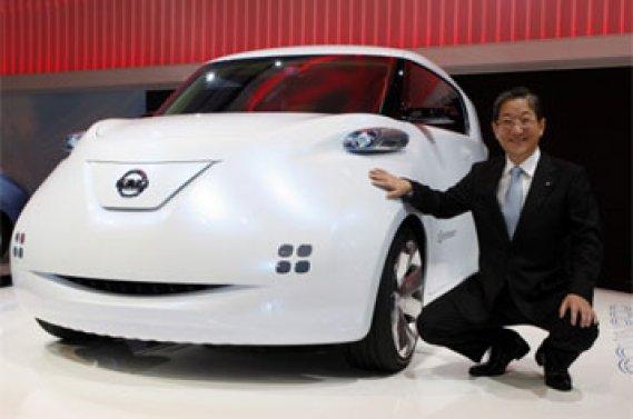 Toshiyuki Shiga et la Townpod de Nissan.