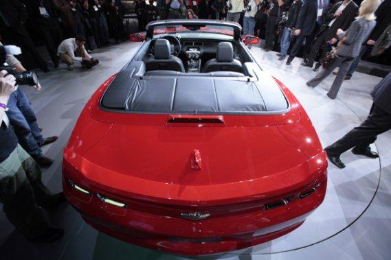 La Camaro décapotable a été dévoilée au Salon de l'auto de Los Angeles.