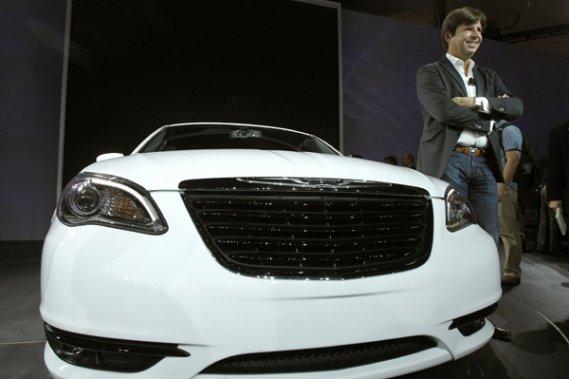 Selon le patron de Chrysler, le Français Olivier François, Chrysler veut concevoir des véhicules plus raffinés, dans les moindres détails, à l?image de la nouvelle 200, présentée au Salon de Los Angeles.