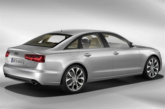 L'A6 de nouvelle génération est plus courte, plus basse et plus légère que sa  devancière, mais elle est toutefois plus large.