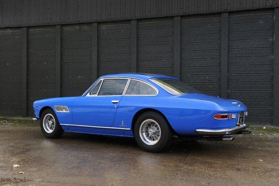 La Ferrari 330 GT 2 + 2, vendue à John Lennon en 1965.
