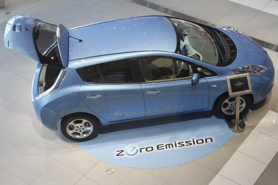 La Nissan Leaf est le premier véhicule électrique à figurer parmi les lauréats potentiels du Prix de la Voiture mondiale de l'année.