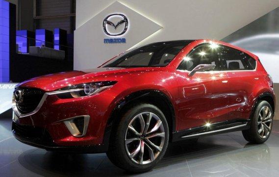 Avec le concept Minagi, Mazda songe d'abord à élargir sa  gamme CX (CX5 est l'appellation pressentie) et à inaugurer sa nouvelle  signature esthétique.